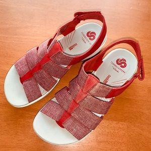 Clark's Cloud Steppers Sandals